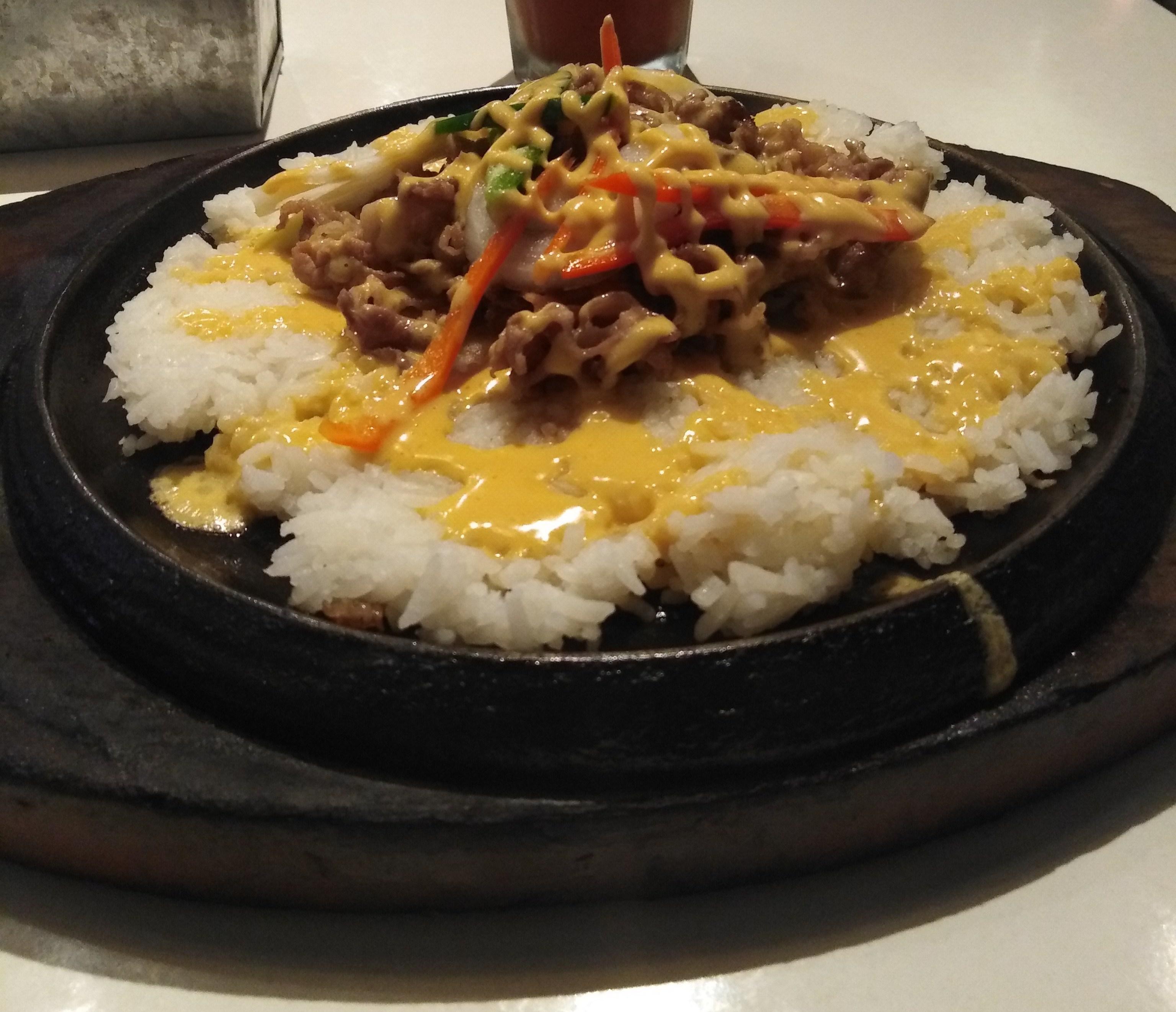 Cheesy Beef Rice by Sizzlin' Steak